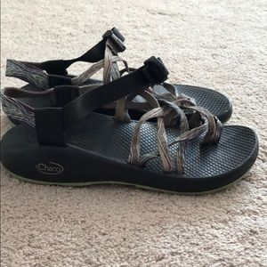 Women's Chacos size 8! Teal/ light blue/purple